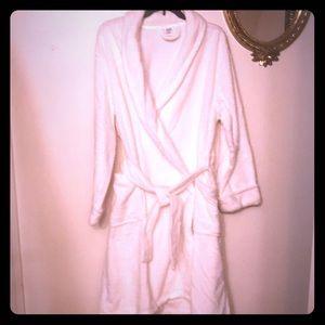 Ulta white fuzzy Robe